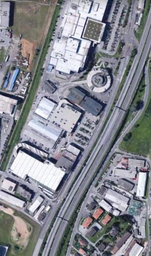 Superficie Commerciale Centro Lugano Sud 452607a.jpg