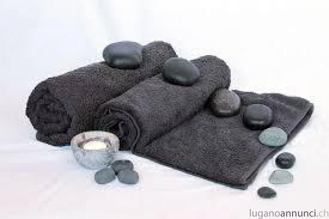 Abbandona il tuo corpo e la tua mente ad un massaggio che gradualmente farà sciv Abbandonailtuocorpoelatuamenteadunmassaggiochegradualmentefarscivolareviaognitensione.jpg