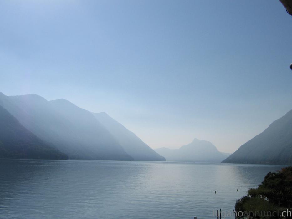 Casa sulla riva del lago di Lugano CasasullarivadellagodiLugano.jpg