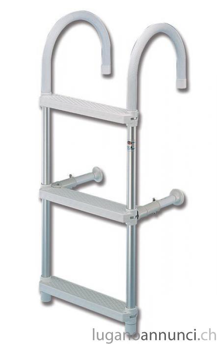 Scaletta lega leggera universale 3 gradini Scalettalegaleggerauniversale3gradini.jpg
