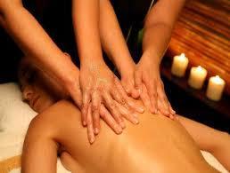 Sensorial massage, il massaggio a 4 mani, in coppia lei e lui. Lugano 442350a.jpg