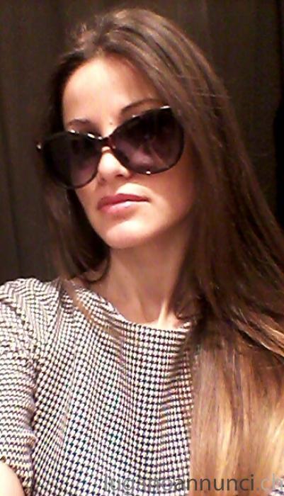sale usa online quality design good looking CERCO LAVORO COME COMMESSA ABBIGLIAMENTO A LUGANO   LUGANO ...