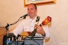 Stefano DJ karaoke matrimoni feste private cantante-