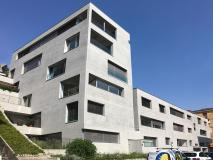 Grande appartamento moderno di 4.5 locali, palazzina recente