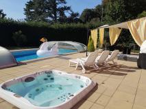 illa moderna con piscina,2 saune,2...