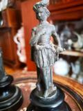 Coppia di statuine fine 1800