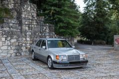 1991 Mercedes-Benz 500 E (W124.036) 1991MercedesBenz500EW124036123.jpg