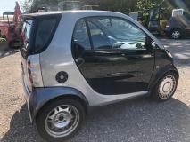 Vendo Smart del 1999 per ricambi, motore, freni e cambio come nuovi.