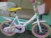 Bici per bambina  (Hello Kitty )