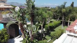 Sicilia: villa singola con piscina e...