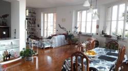 Arenzano , casa centralissima, ampia, vista mare, giardino,  due box Arenzanocasacentralissimaampiavistamaregiardinoduebox1.jpg