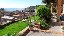 Arenzano , casa centralissima, ampia, vista mare, giardino,  due box Arenzanocasacentralissimaampiavistamaregiardinoduebox1234.jpg