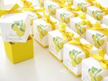 Porta confetti modello cubo per un romantico matrimonio
