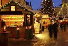 Casette di legno per mercatini di Natale