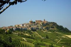 CHALET casa vacanza a Novello sito Unesco nelle langhe