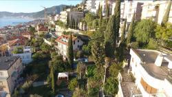 Alassio villa di grande metratura fronte mare