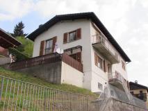 Appartamento di 4.5 locali in casa bifamiliare a Barbengo