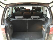 Volkswagen Touran 1.6 Confortline
