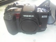 vendo Yashica 270 autofocus con diversi accessori