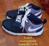 scarpe da basket e scarpe con led numero 32