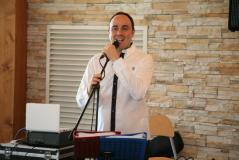 Stefano cantante DJ pianobar matrimoni feste karaoke