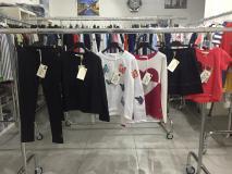 Stock abbigliamento Bambino/a firmato StockabbigliamentoBambinoafirmato-5aa7f070175ff.jpg