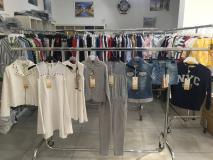 Stock abbigliamento Bambino/a firmato StockabbigliamentoBambinoafirmato-5aa7f07888c6c.jpg
