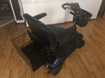 Scooter 4 ruote per anziani o disabili