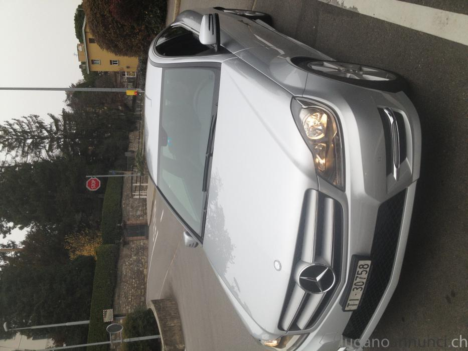 Vendo Bellissima Mercedes Coupe' 2012/12 VendoBellissimaMercedesCoupe201212.jpg