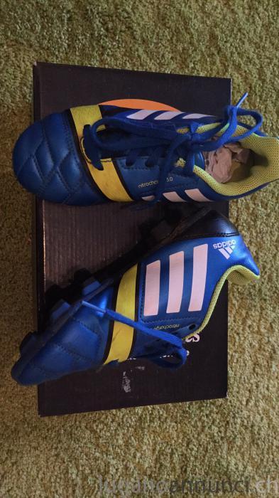 scarpe da calcio bambino scarpedacalciobambino.jpg