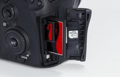 Vendo Macchina fotografica Canon Eos 7D...