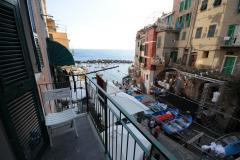 appartamento fronte mare con box auto a Riomaggiore appartamentofrontemareconboxautoaRiomaggiore12345.jpg