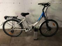 Bici Elettrica usata di colore blu