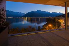 Attico di lusso con ampia terrazza vista lago
