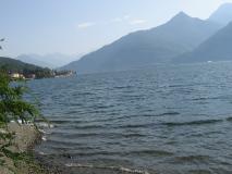 ESCLUSIVO-Terreno Edificabile sulla riva del Lago