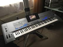 Yamaha Tyros 5 tastiera...